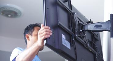 Как выбрать правильный кронштейн для телевизора