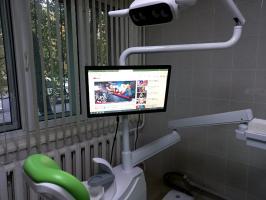 Навеска монитора в стоматологической кабинете